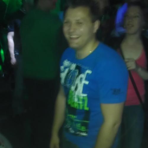 djlAvro - Mixdown (Mesh Up! 2k13)