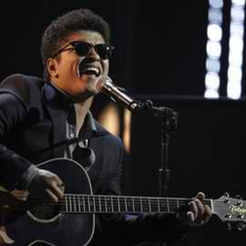 Locked Out Of Heaven (Live Acoustic) - Bruno Mars