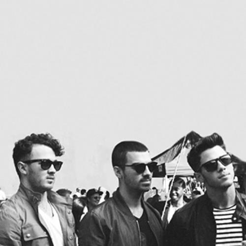 Jonas Brothers - Found