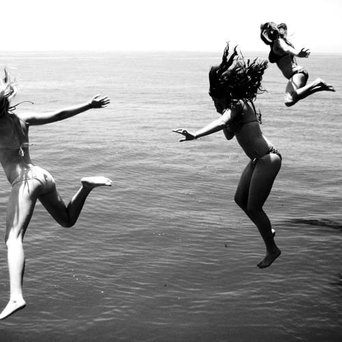 Martin S. & Cataracs x Mike H.Pablo O.Henry F. - Hey Now Jump!