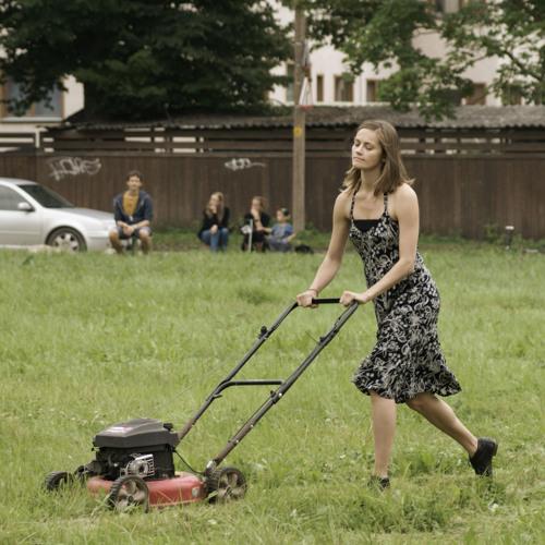 Mürafoonia muruniidukitel / Noisephony of Lawn Mowers
