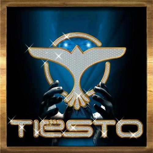 "Alex Kunnari ""Bounce"" @ Tiësto - Club Life 333 (18.8.2013)"