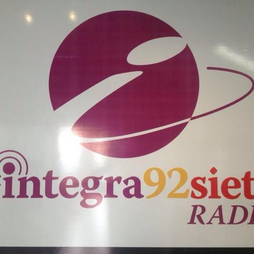 Entrevista con Integra Noticias en el 92.7 FM 20/08/2013