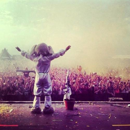 SPACE ELEPHANTS - Arenal Sound 2013 (Escenario Legendario)