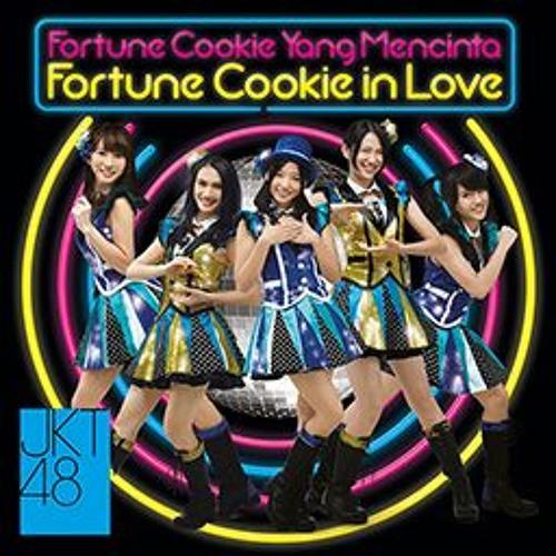 JKT48 - Fortune Cookie in Love (Fortune Cookie yang Mencinta/Koisuru Fortune Cookie)