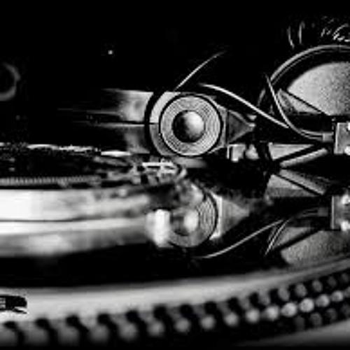 Best Of Summer 2013 (Fresh House Mix By DJ Matti 128BPM).