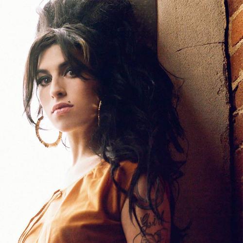 Amy Winehouse - Half Time