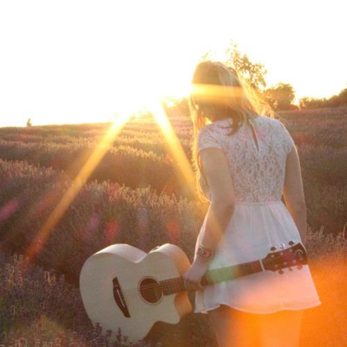 Ellie Lawson: New Free Single- 'Take Your Power'