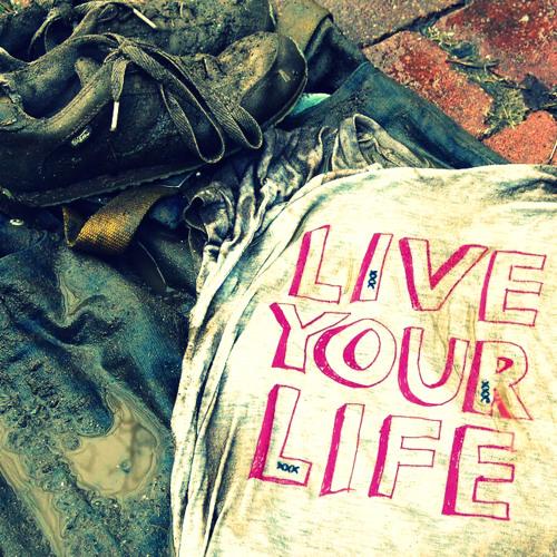 E - Clip & Symbolic - Live Your Life (Sample)
