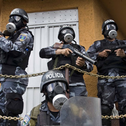 Militarizing Police in Honduras & Remembering Chile's Coup (Lp8292013)