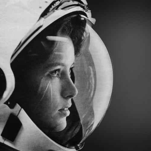 riccicomoto´s audio selfdefence - cosmonautique