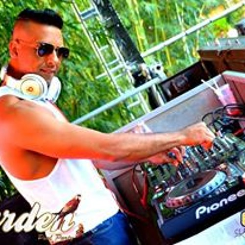DAY  Garden Pool Party  2013