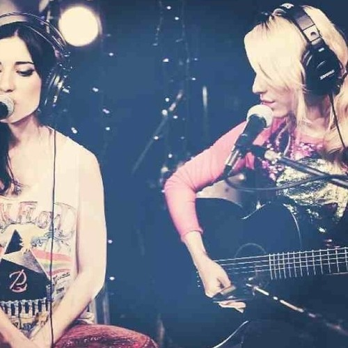 The Veronicas - Cross My Heart (Live Sessions)