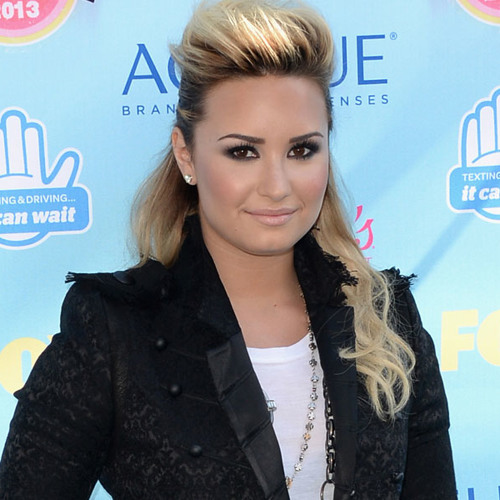 Demi Lovato Talks 'X Factor,' 'Glee' ... and Wilmer Valderrama