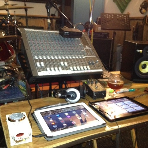 Day Tripper, Eggplant Queens at MyLoW Studio