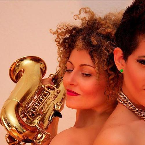 """""""Echo"""" by Sara Castro and Miss Saxo Vaya"""