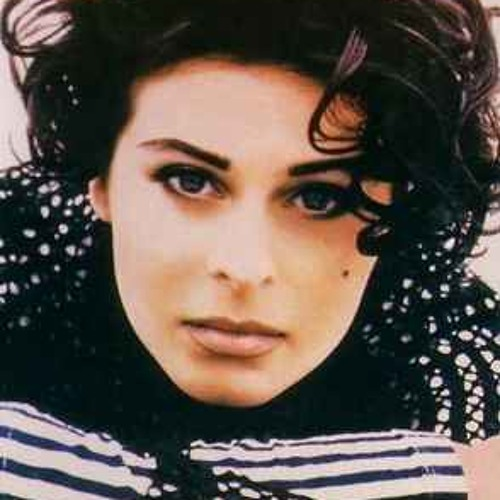 Lisa Stansfield -Been Around The World- buy link toFREE download to celebrate 80,000 plays