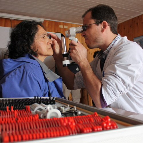 Operativo de especialidades médicas Chiloé 2013 Achao &Curaco de Velez