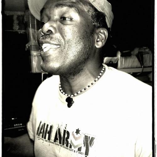 Nello B - I'n'I A Jah Army Soldier (Dub)