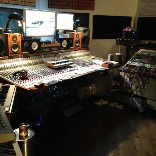 Free Download: W'ake Mi Up by A'vicii - Lucien Foort's Ibiza Sunset Mix
