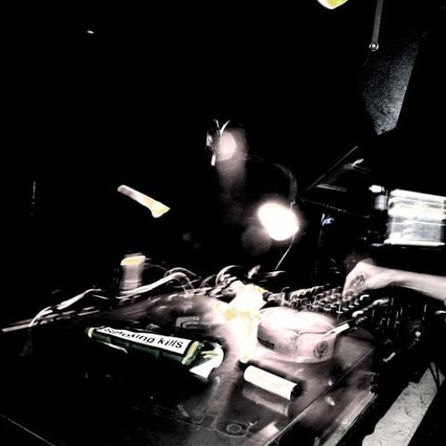 Adi Shabat: Re:Feel September 2013 show (2B Continued radio)