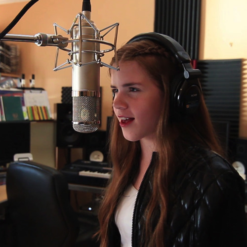 """""""Royals"""" (Lorde) cover - Maggie Lynn"""