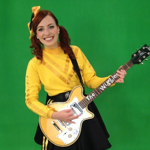 Emily Chats with Emma Wiggle from The Wiggles!