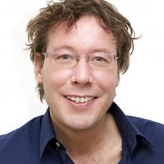 Henk feliciteert facebookvriend Bert Haandrikman met zijn verjaardag