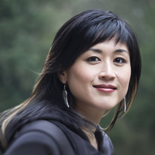Episode 042: Zappos Delivering Happiness CEO, Jenn Lim