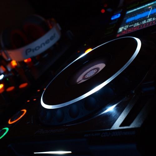 DJ Cotts - Live on Happyhardcore.com 26-SEP-13