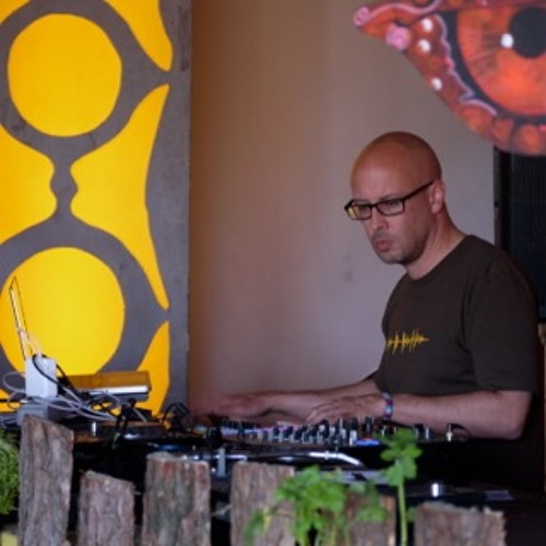DENSE - 'Percussive Candies' (DJ set at Psychedelic Circus Festival 2013)