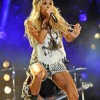 Carrie Underwood - Paradise City Live