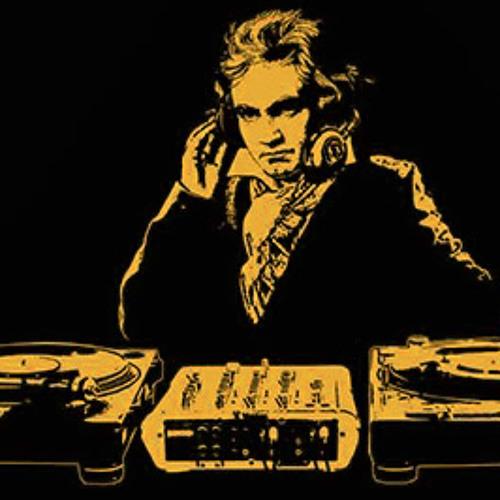 Beethoven - Fur Elise (Black Forest Chillstep Remix)