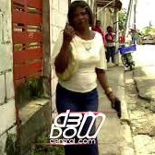 RocelitaLa Madre del Dembow-El Que Tira Mata