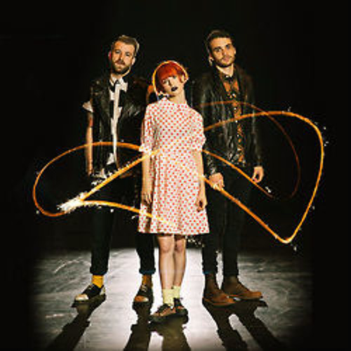 Paramore -The Only Exception [Live]