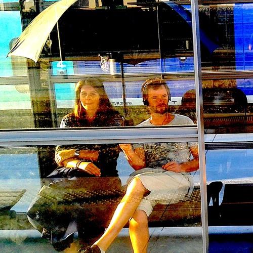 """""""Gare aux Pépins"""" = """"Un Pépin pour 2"""" @ Gare Saint Charles, Small is Beautiful, Lieux Publics 2011"""