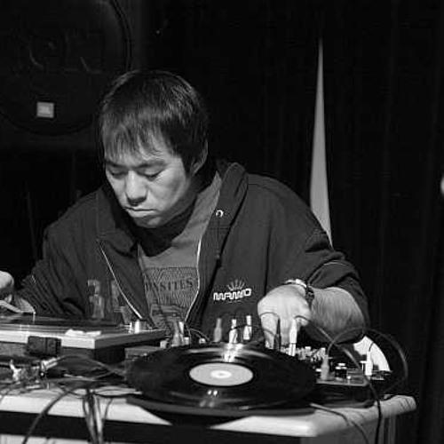 Otomo Yoshihide prepares a spiced peach cobbler