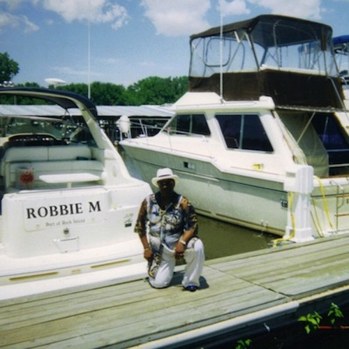 ROBBIE M \ WAKE UP CALL \ INDIE SYNTH SOUL \ RONEA PPU RECORDS