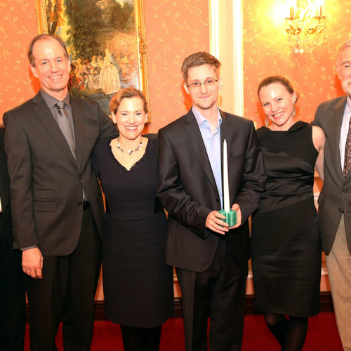 Edward Snowden Is A Patriot: Ex-NSA CIA, FBI and Justice Whistleblowers Meet Leaker in Moscow 2/3