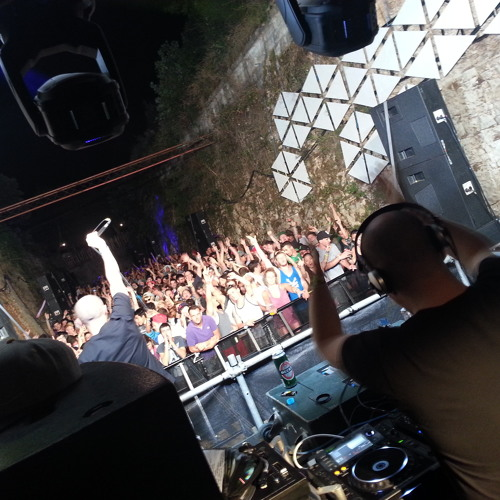 Cern B2B Ant TC1 - Dispatch Recordings - Moat Arena, Outlook Festival - 29.8.2013