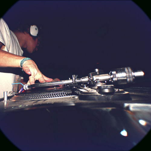 Noianiz - Party drum n bass and breakcore vinyl mix 2006