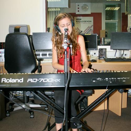 KIERA OSMENT - TITANIC (LIVE) ON BBC INTRODUCING DEVON