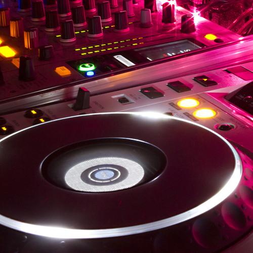 DJ Cotts - Live on Happyhardcore.com 24-OCT-13