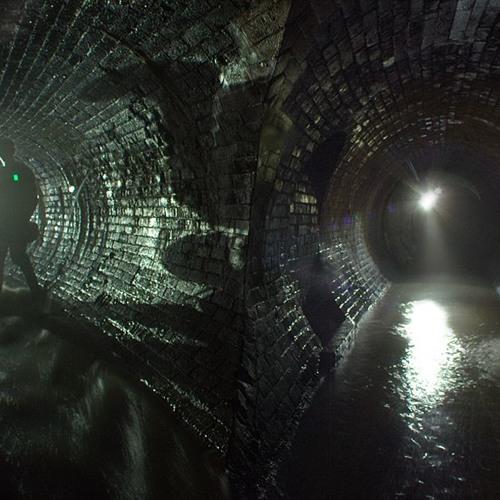 Steve Bull-Tunnels