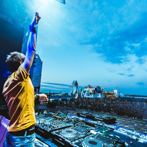 Nicky Romero, Krewella, Hard Rock Sofa, David Guetta - Legacy Vs Just One Last Time (Omnia Mashup)