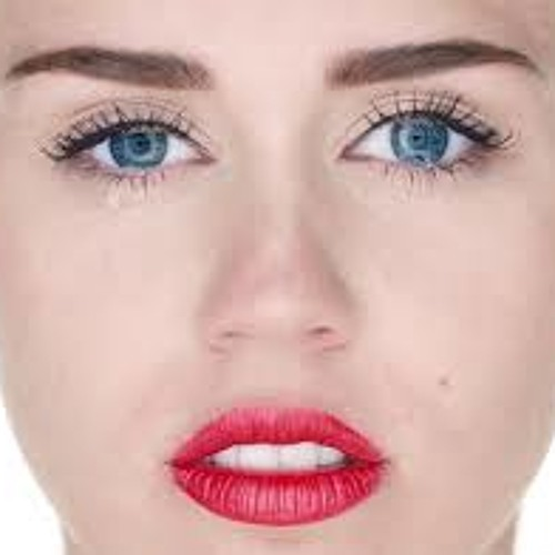 Miley on Molly