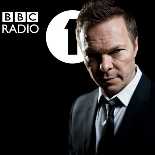 "Pete Tong plays DAVI ""The Bay 6 (pt. 2)"" on BBC Radio 1"