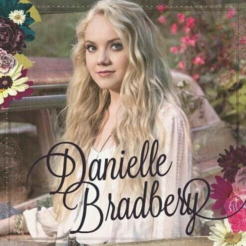 Danielle Bradbery- Never Like This (Accoustic)