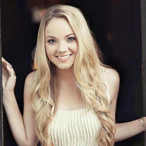 """""""The Heart Of Dixie"""" - Danielle Bradbery, acoustic performance at America's Morning Show, 11/12/13"""