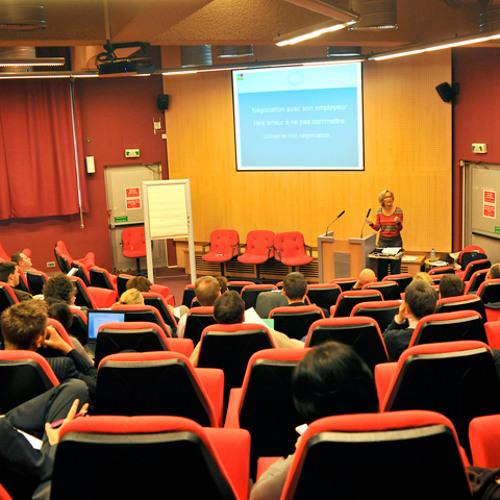 """""""eShip Talks"""" : Lecturers Karan SONPAR & Federica PAZZAGLIA"""